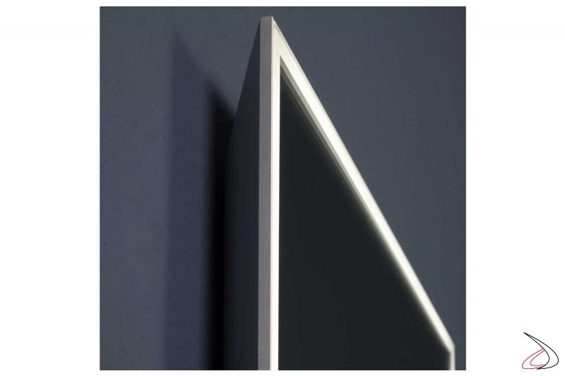 Specchi bagno di design retroilluminato con luce led bianca