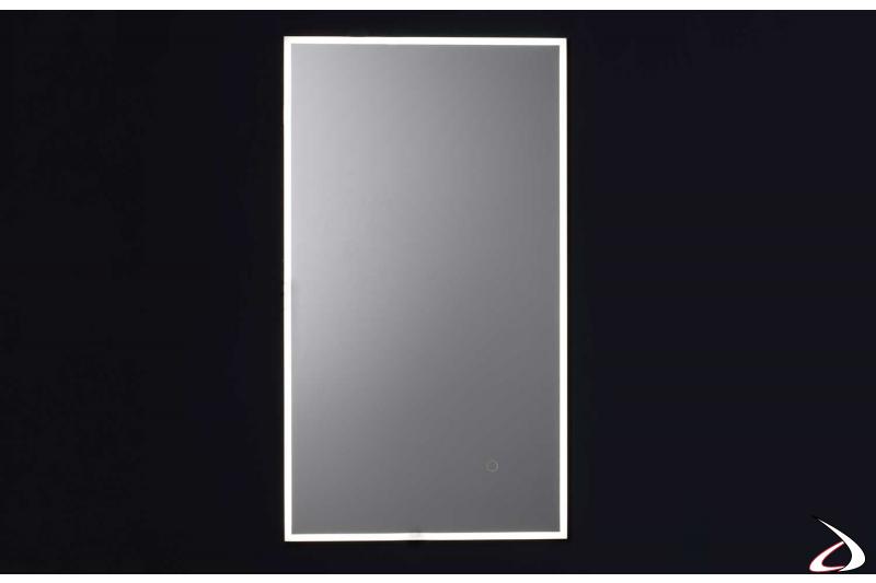 Specchio antiappannamento retroilluminato con luce led