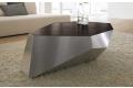 Tavolino da salotto di design con piano in legno e struttura in alluminio