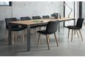 Tavolo moderno allungabile fino a tre metri con piano in melaminico