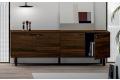 Mobile da ufficio basso di design in legno con ante e piedini alti in acciaio