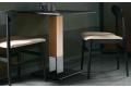 Tavolo quadrato per bistrot di design in acciaio e in legno rovere nodato