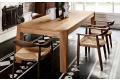 Tavolo in legno rovere naturale di design allungabile per 12 posti a sedere