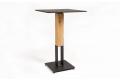 Tavolo di design quadrato alto in acciaio e con colonna in rovere naturale nodato