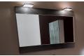 Specchio con cornice da bagno