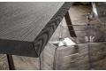 Dettaglio piano in rovere grigio scortecciato