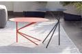 Tavolini rotondi di design in metallo colorato