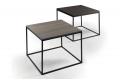 Tavolini alti quadrati in acciaio con piano in lamianto