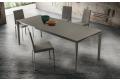 Tavolo moderno allungabile da soggiorno con piano in fenix grifio londra