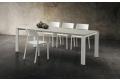 Tavolo soggiorno per 10 persone in HPL cimitan ash con gambe in metallo bianco