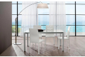 Tavolo in vetro bianco per 6 persone da soggiorno di design con gambe in alluminio
