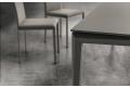Tavolo con piano in fenix da soggiorno con gambe in faggio grigio londra