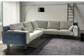 Divano angolare di design da centro stanza bicolore con cuscini poggiareni e poggiatesta