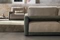 Divano bicolore di design da salotto con panchetta e sedute allungabili