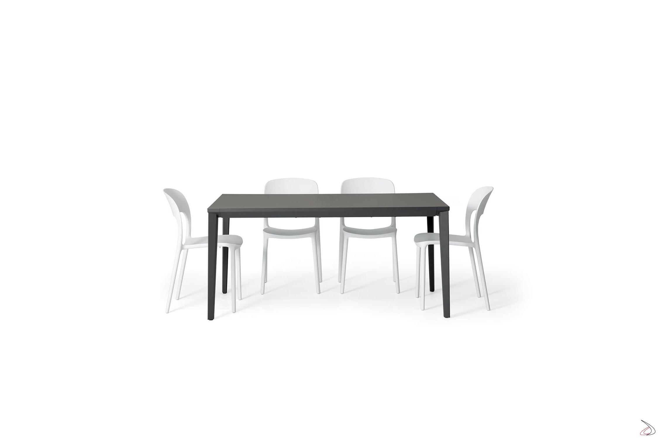 Echo In-Tisch