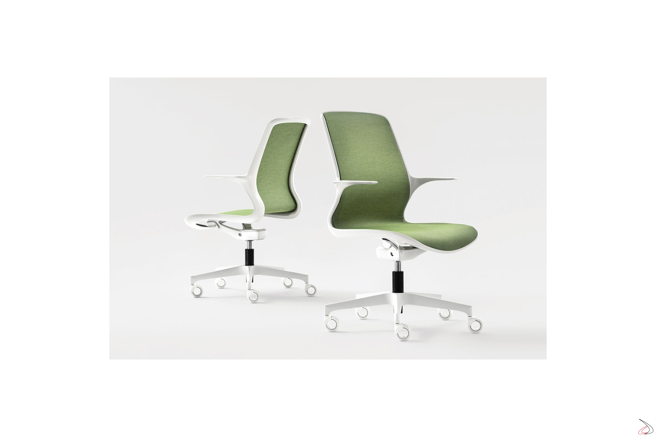 Arredo Gamma Office Srl.Ergonomic Pool Armchair With A Modern And Iconic Design