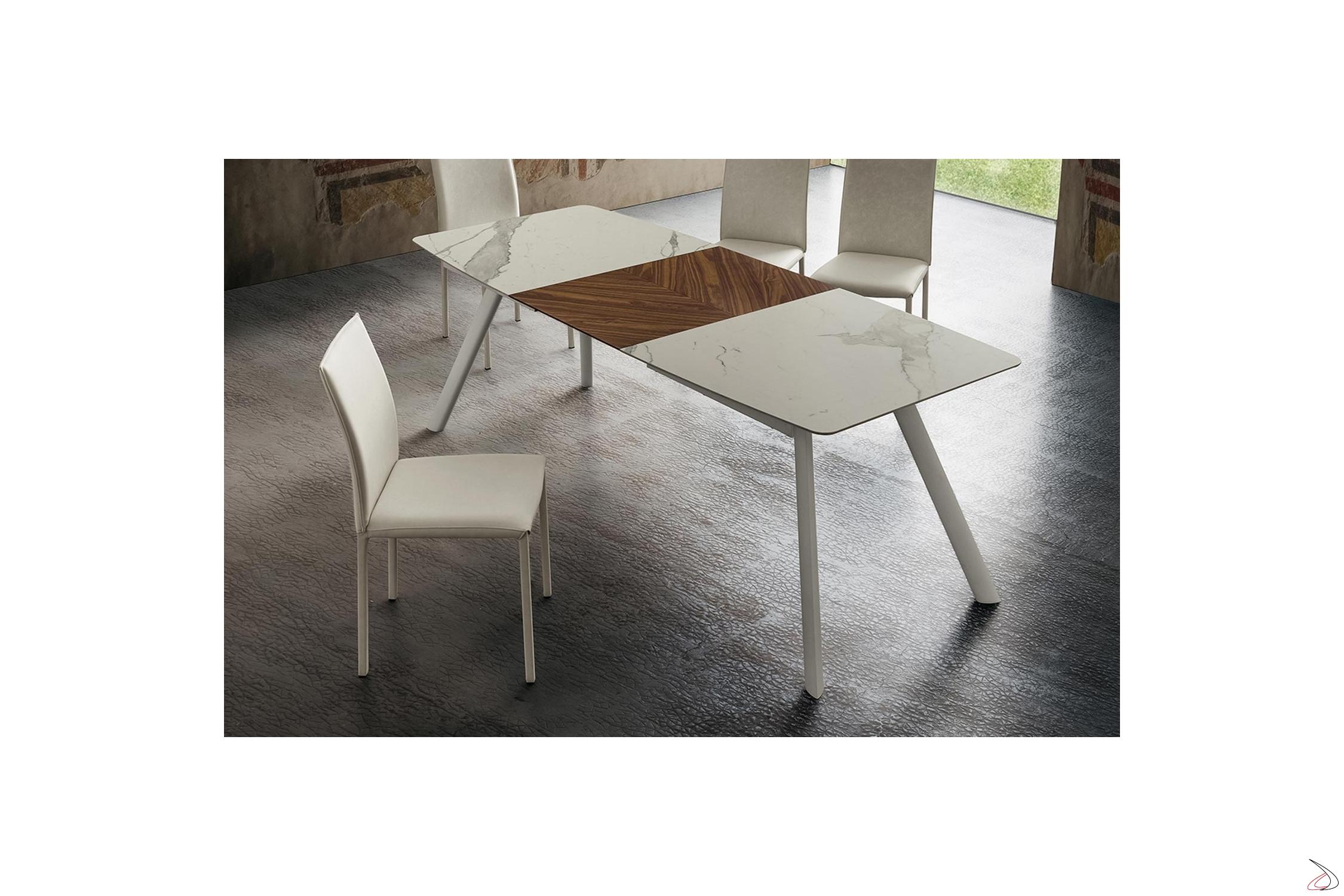 Lien Tisch Mit Fassplatte Und Zentraler Verlangerung Zum Buchen Toparredi