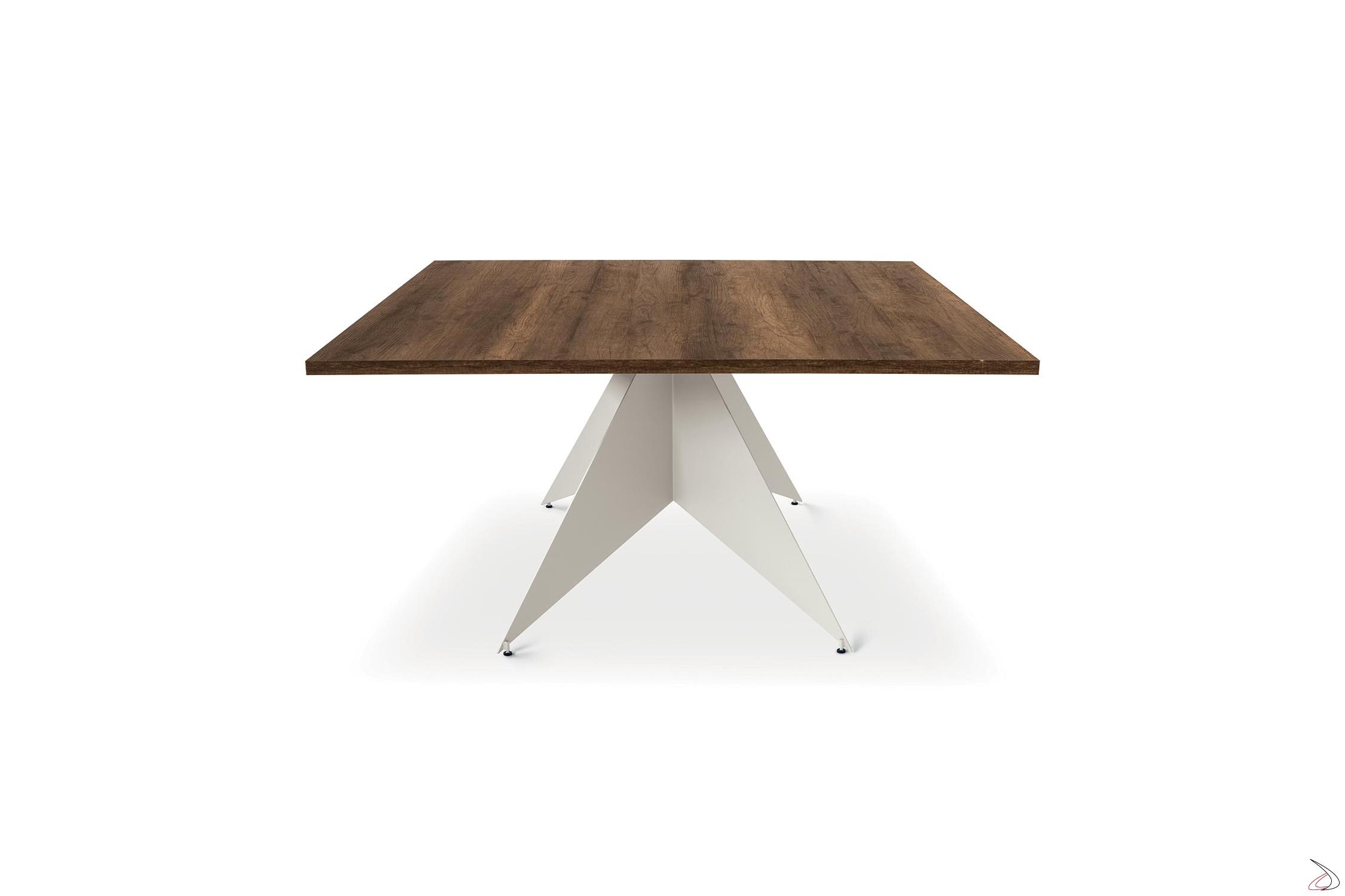 Tavolo Con Gamba Centrale linden table