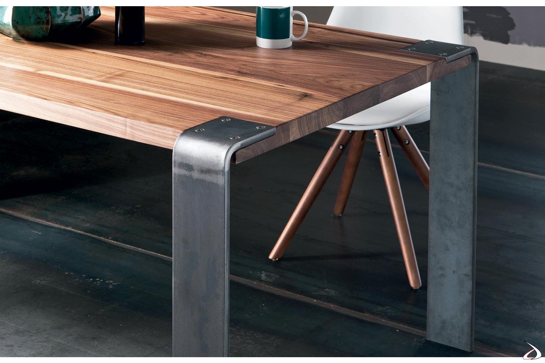 Tavoli Moderni In Ferro.Tavolo Con Gambe Vetro O Ferro Madrid Toparredi Arredo Design
