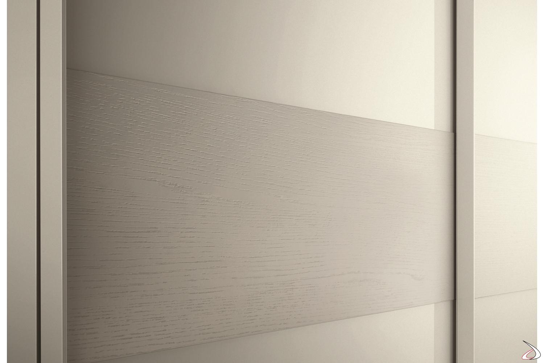 Maniglia armadio nel profilo dell'anta
