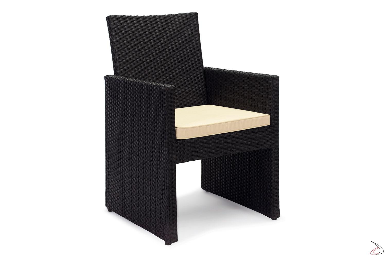 Sedia con cuscino e schienale in vimini sintetico colore antracite