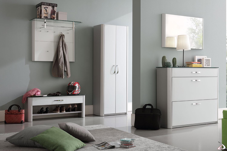 Composizione ingresso con appendiabiti a pannello, armadio, panca e scarpiera modello Melody