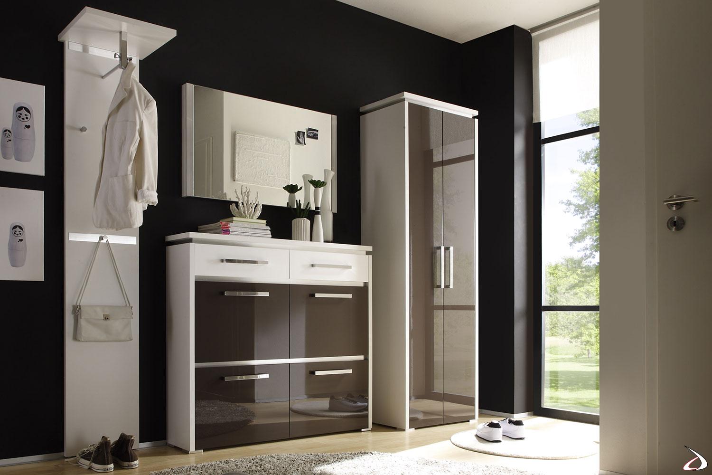 Ingresso di design colorato ed elegante con profili in alluminio modello Bolero