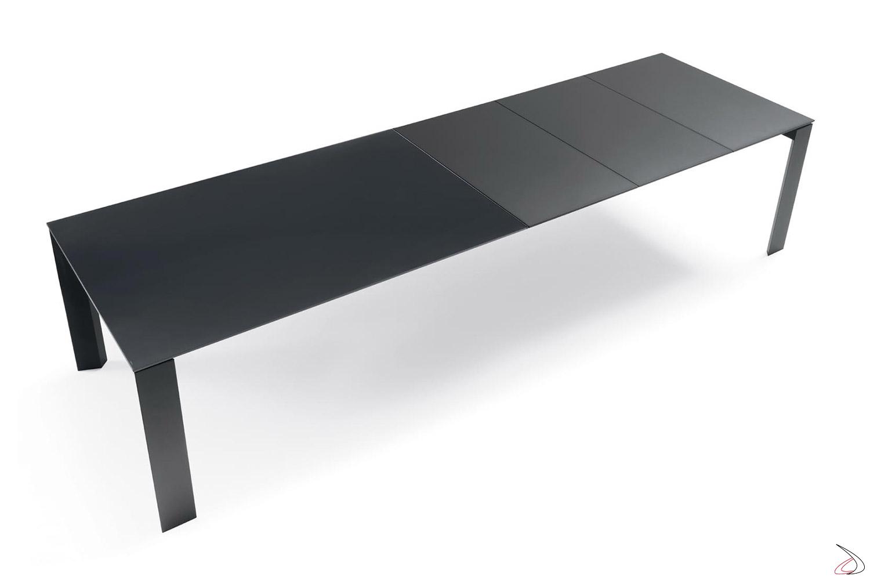 Tavolo da soggiorno allungabile fino a tre metri per 12 persone