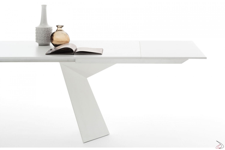 Tavolo moderno bianco allungabile da soggiorno