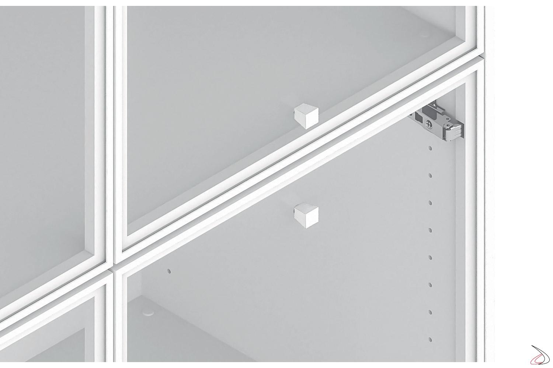 Credenza ufficio bassa moderna con ante in vetro e maniglie