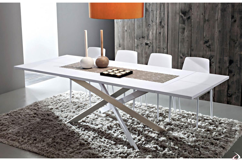 Tavolo modello Zeron con piano in fenix bianco e basamento tricolore