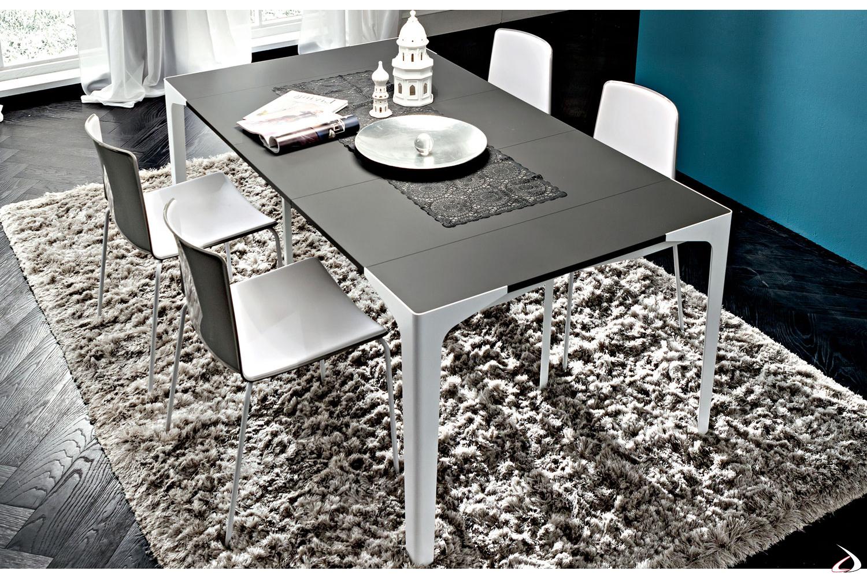 Tavolo consolle allungabile da soggiorno