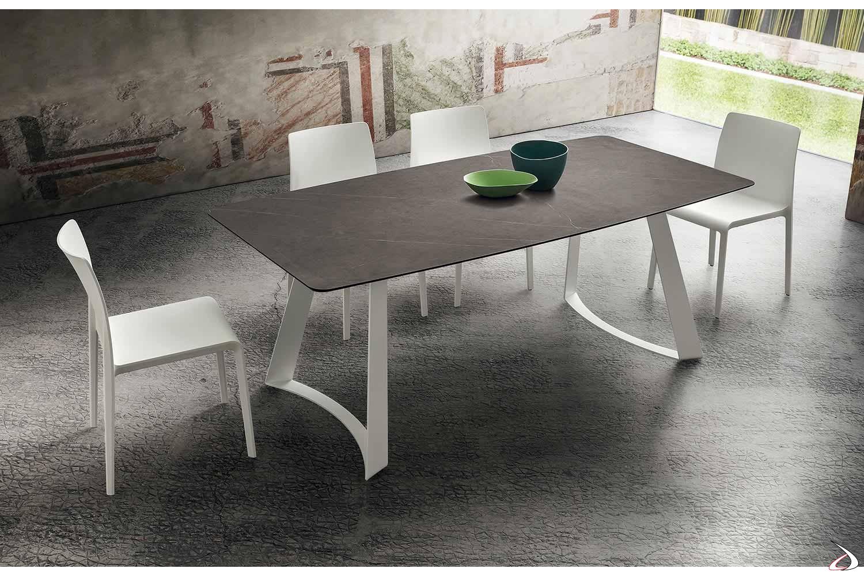 Tavolo allungabile di design da soggiorno con piano a botte in hpl stratificato