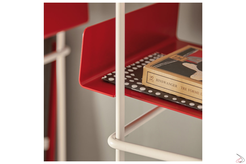 Mensola in metallo inclinata per libreria sospesa