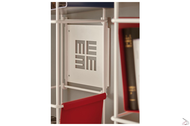 Libreria design appesa a muro di Meme Design