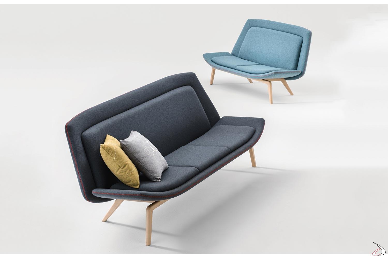 Divanetti sala attesa imbottiti con seduta larga e bassa, con gambe in legno