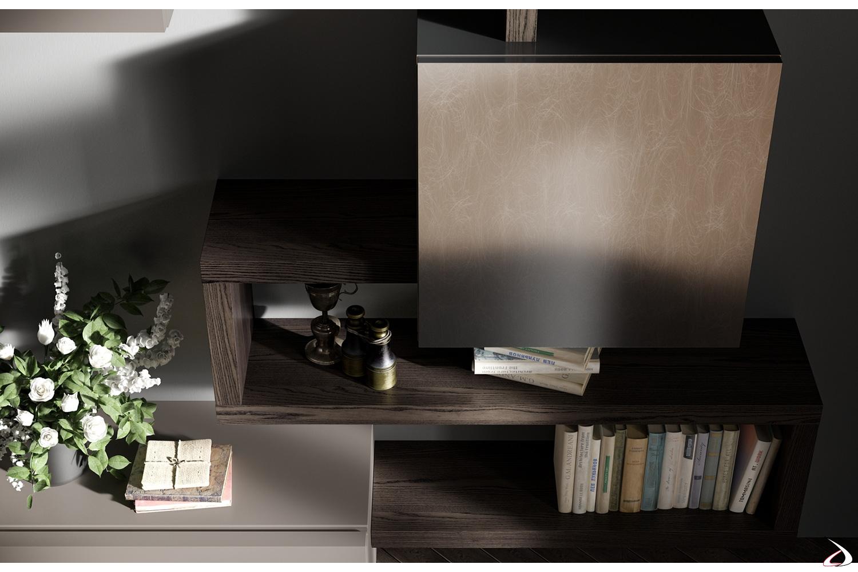 Mobile soggiorno neoclassico con sistema mensole e pensile metallizzato