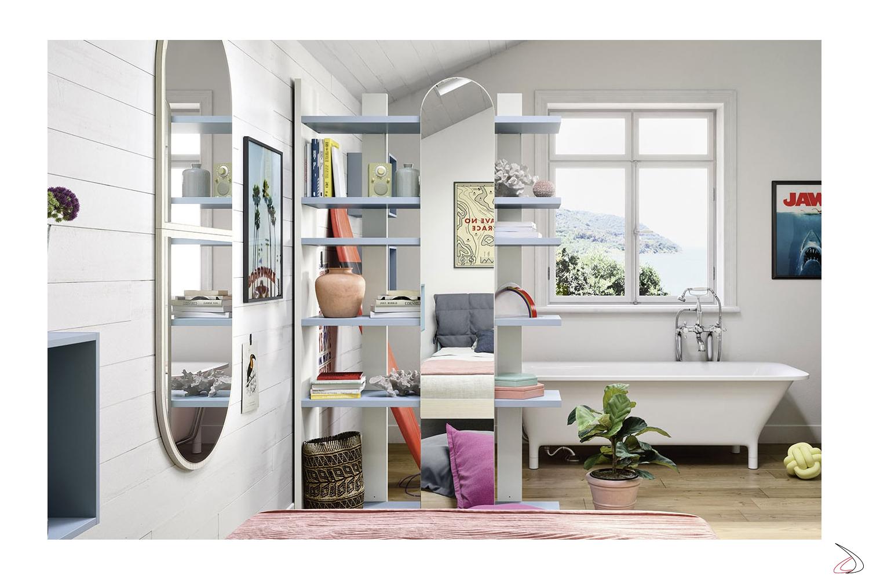 Libreria moderna alta con specchio per camera ragazzi