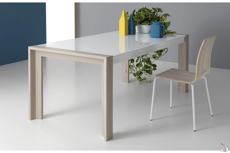 Tavolo Vetro Allungabile Economico.Milano Living Room Table With An Elegant And Compact Design