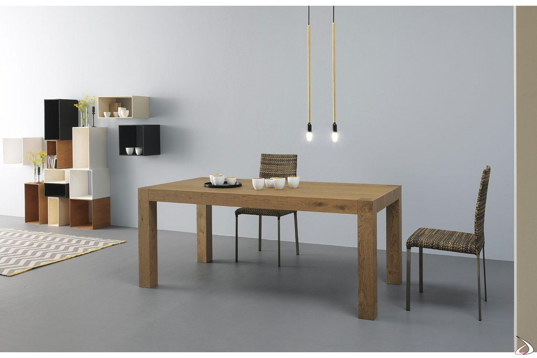 Tola-Tisch