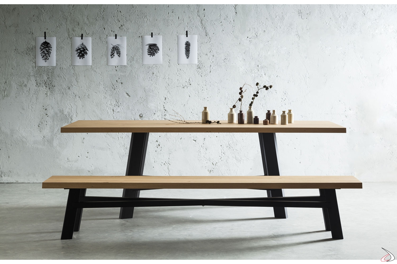 Tavolo Legno Con Panche.Table In Knotted Oak With Thor Metal Base Toparredi Arredo