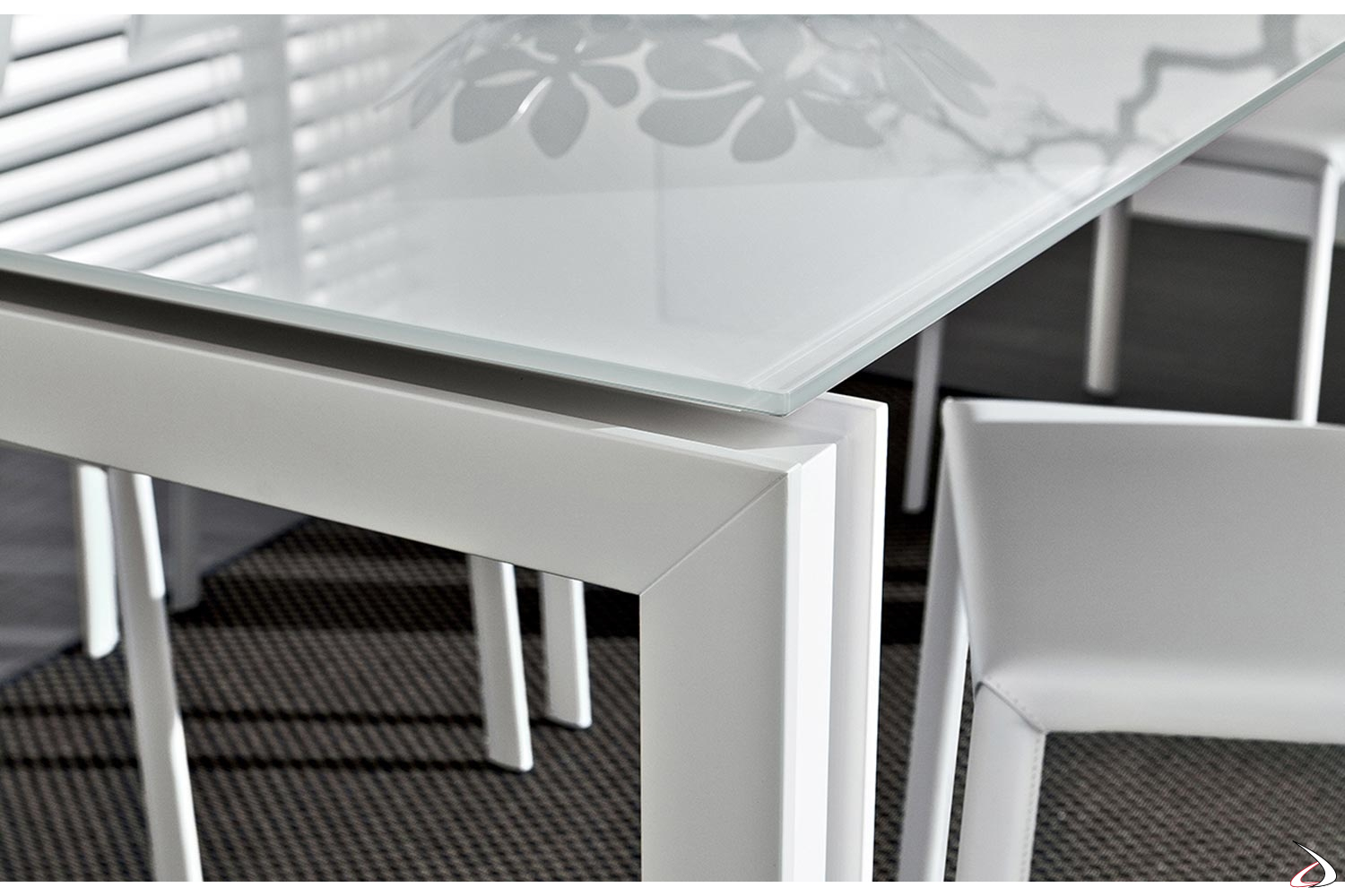 Tavolo In Vetro Bianco Allungabile.Vanni Extendable Living Room Table Fully Customizable Toparredi
