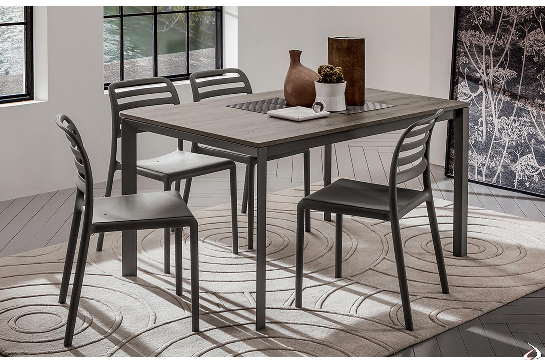 Romau-Tisch