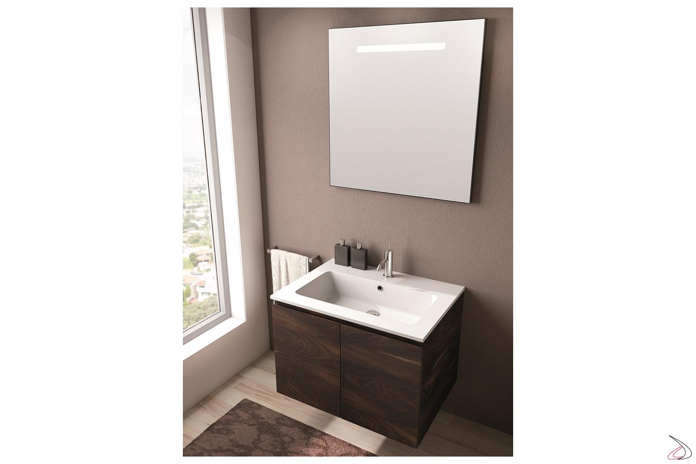 Bagno piccolo moderno sospeso a parete con specchio