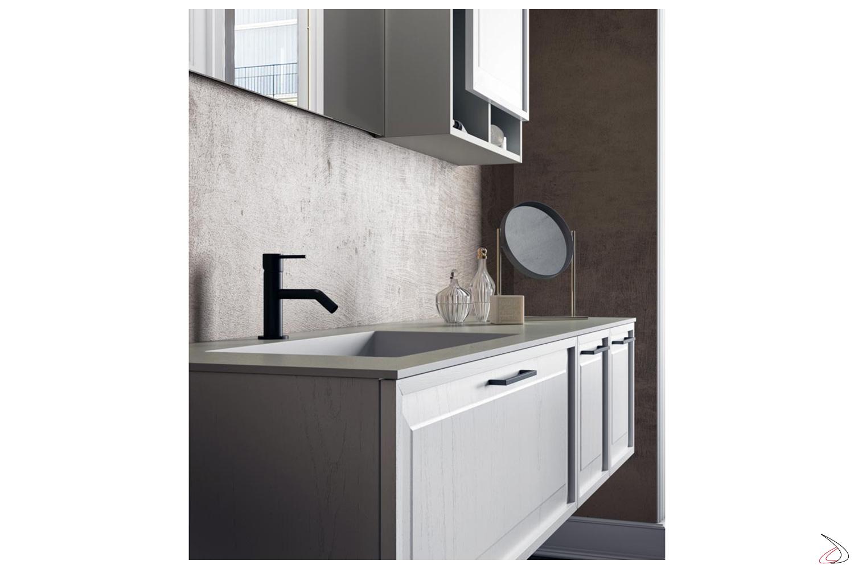 Mobile bagno bianco in legno classico moderno con cassettoni e vasca integrata