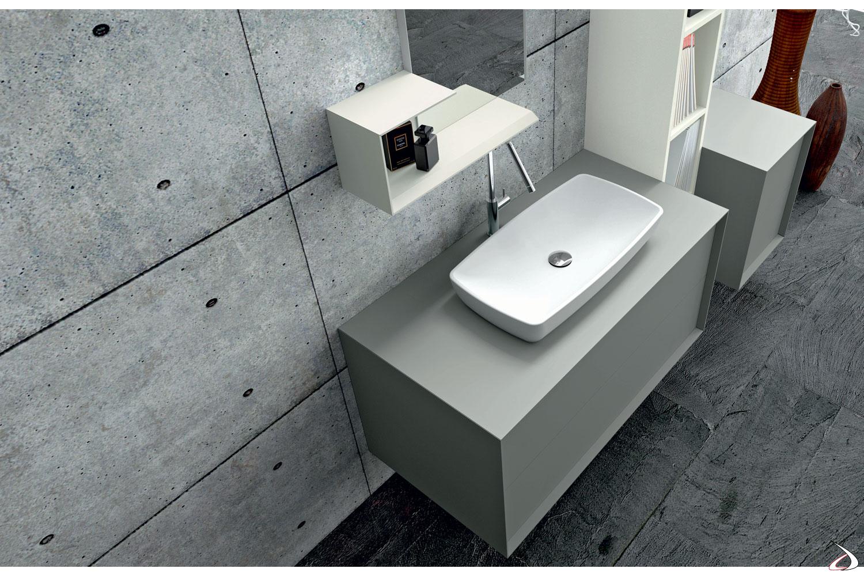 Mobile bagno di design con lavabo soprapiano