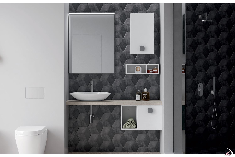 Bagno piccolo sospeso con lavabo soprapiano