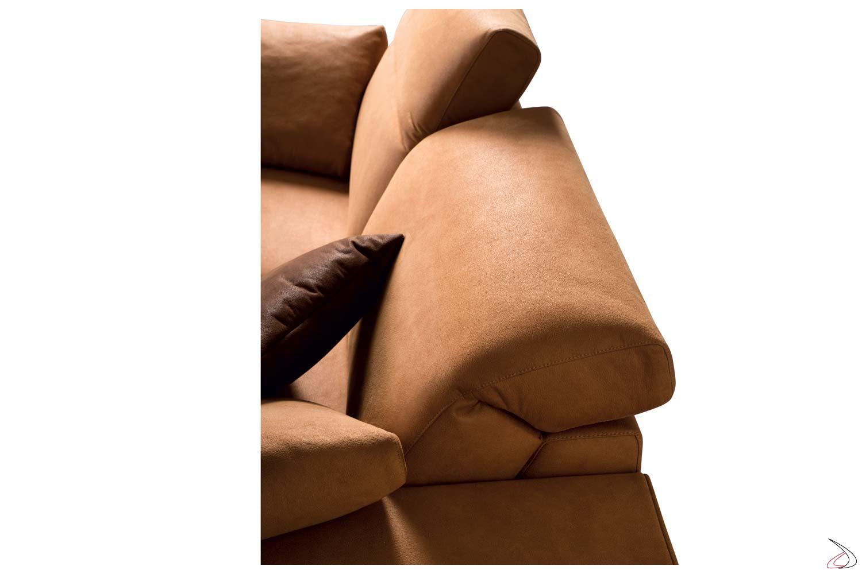 Divano con schienali/poggiatesta reclinabili