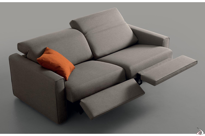 Divani Con Movimento Relax.Divano Relax Con Poggiapiedi Limpid Toparredi Arredo Design Online