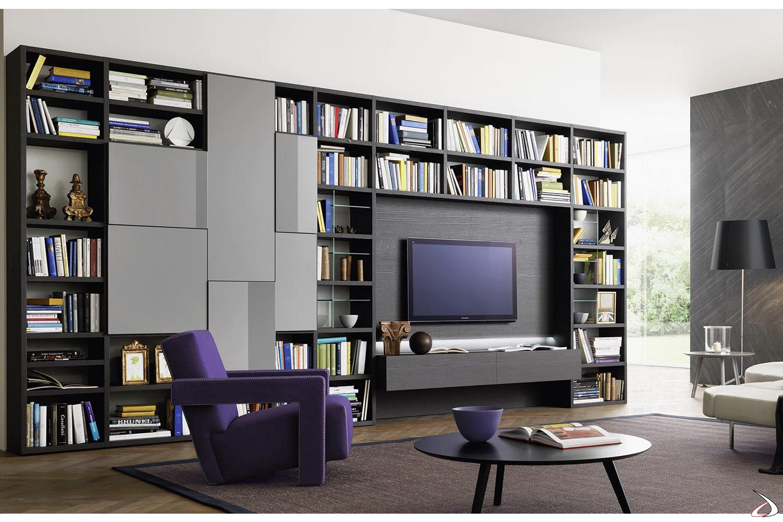 Parete libreria soggiorno di design in legno
